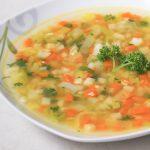 Gemüsesuppe - gesund und schnell gemacht